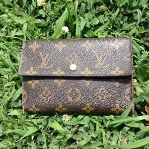 Authentic Louis Vuitton Etui Papiers Trifold